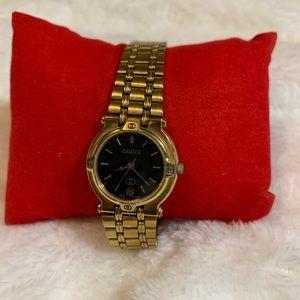 Authentic Vintage gold tone watch